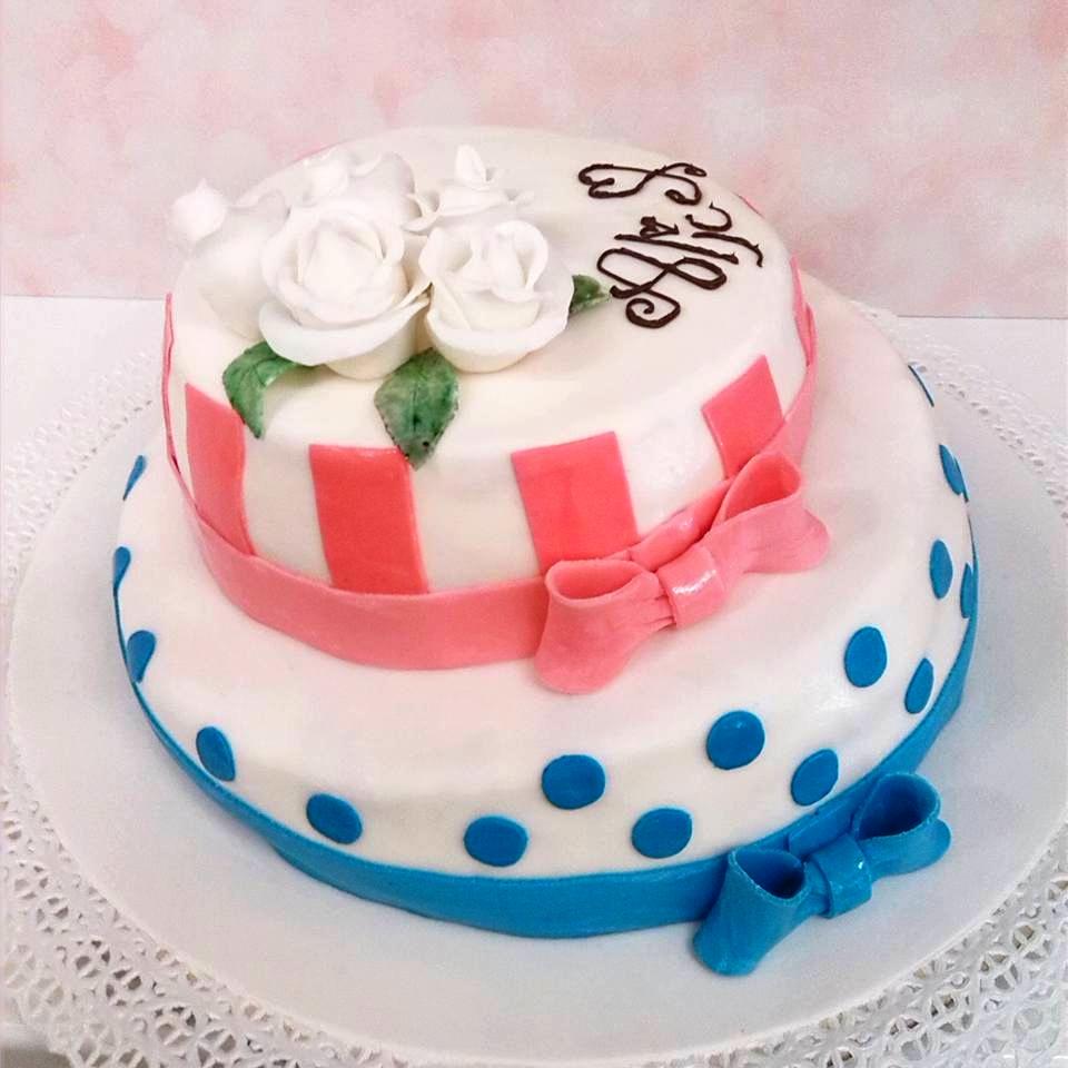 https://www.panificiopasticceriacentrale.com/wp-content/uploads/2018/10/Pasticceria-IL-CENTRALE-Genova-Nervi-Cake-Design-1.jpg