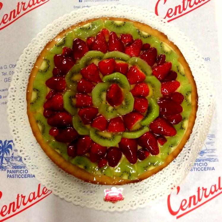 https://www.panificiopasticceriacentrale.com/wp-content/uploads/2018/10/Pasticceria-IL-CENTRALE-Genova-Nervi-Cake-Design-5.jpg